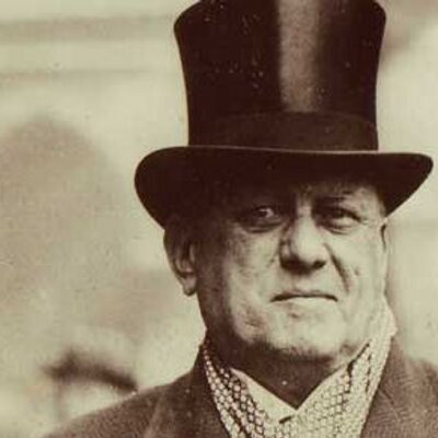 aleister crowley middleaged hat